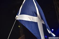 Le drapeau écossais flotte sous le Dôme pour accueillir les Red Hot Chilli Pipers. © David Trotta
