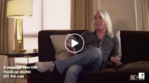 SEPTEMBRE | C'est au tour du bassiste Cliff Williams d'annoncer son départ d'AC/DC après ceux de Brian Johnson et Malcolm Young. Ne reste plus que le soliste Angus Young comme membre fondateur. Image : Facebook. LIRE L'ARTICLE: https://planscultes.ch/2016/09/22/ci-git-acdc/