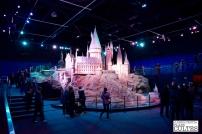 Fin du parcours avec une maquette de Poudlard au 1:24. Dans Harry Potter à l'école des sorciers notamment, elle a servi, sur fond vert, pour tourner des scènes où on peut voir l'entier du château. © David Trotta