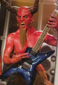 Dave Grohl incarne le diable dans la comédie de 2006 Tanacious D in the Pick of Destiny. © IMDB