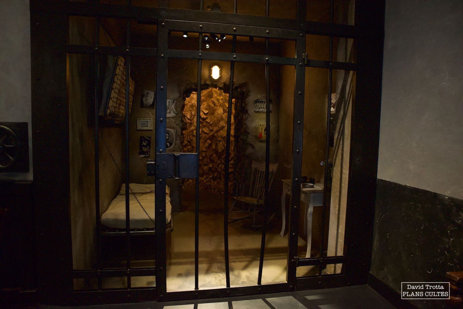 Chaplin's World – Décor de prison