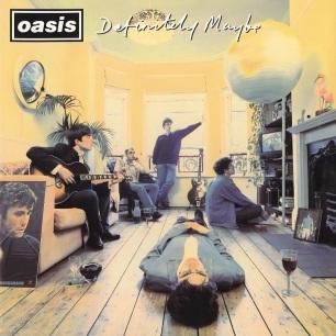 """Le premier album de Oasis, """"Definitely Maybe"""", sort en 1994. Il contient déjà quelques tubes tels que Rock'N'Roll Star, Live Forever ou le classique Supersonic."""